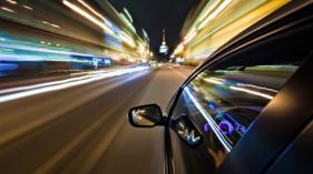 driving-night-high-speed-car-hd-1064655